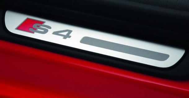 finest selection b8e97 ee83e Audi S4 - model 2012 ...