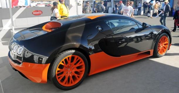 Bugatti Veyron Super Sport na torze Laguna Seca