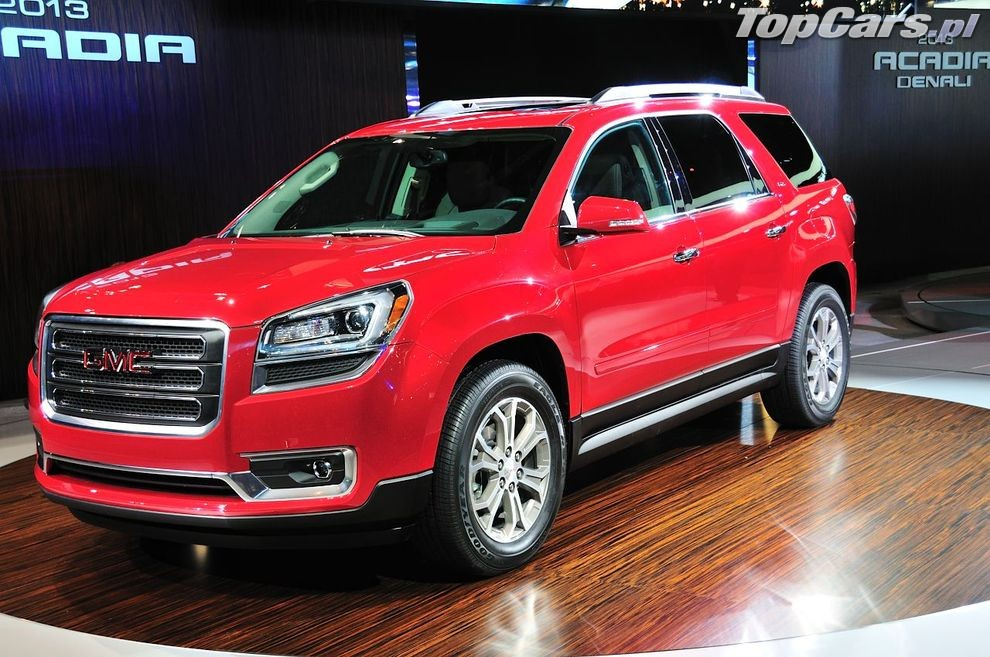 2013 gmc acadia first look 2012 chicago auto show motor for Motor city towing dearborn