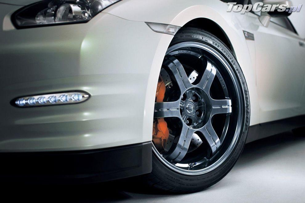 Nowy Nissan GT-R - model 2012