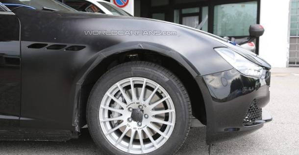 Alfa Romeo Giulia - zdjęcie szpiegowskie