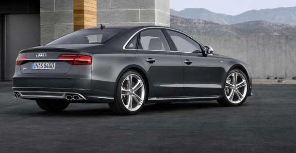 Audi S8 po face liftingu
