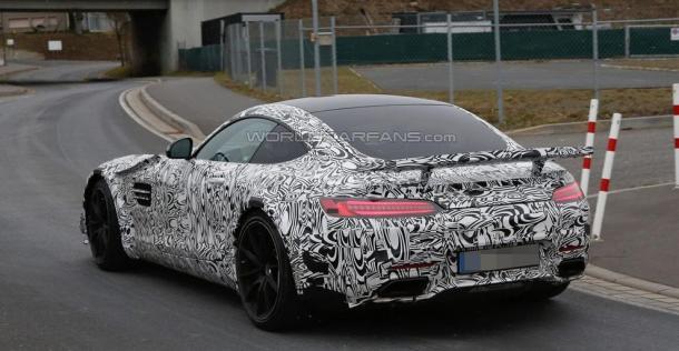 Mercedes-AMG GT - nowa wersja - zdjęcie szpiegowskie
