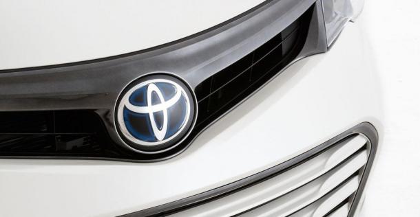 Toyota Avalon HV Edition