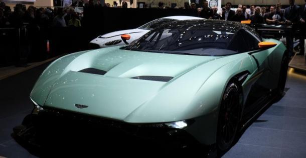 Aston Martin Vulcan - Geneva Motor Show 2015