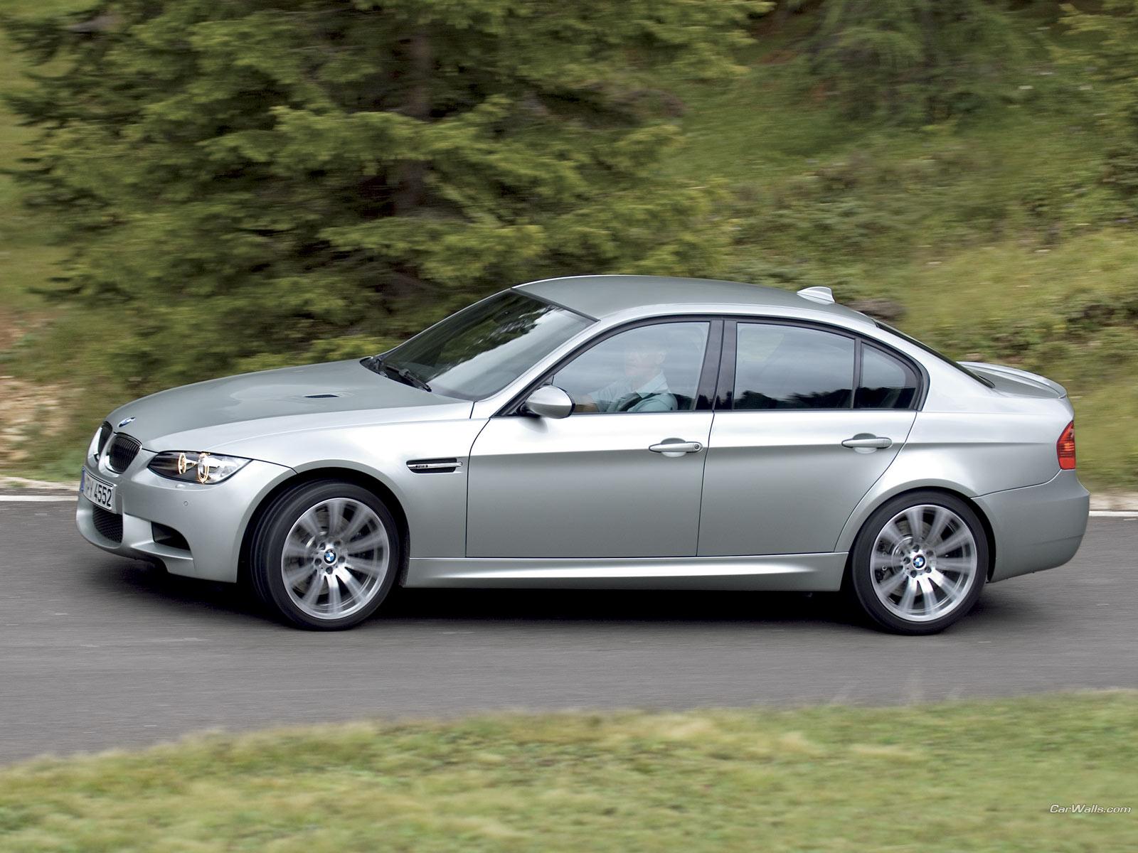 BMW M3 Sedan 1600x1200 b146 - Tapety na pulpit - samochody sportowe, luksusowe, supersamochody