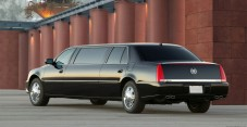 Cadillac DTS Limousine